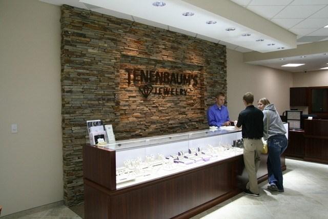 Tenenbaum's Jewelry – Waverly, IA 3227