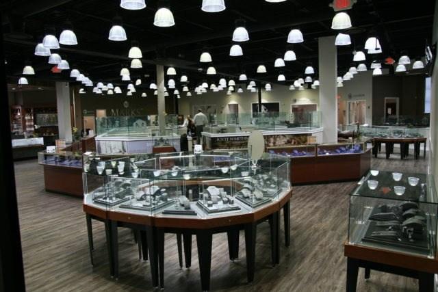 Marks Jewelers – Montgomeryville, PA 3907